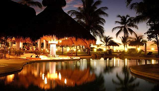 Bahia del sol Beach Front Boutique Hotel pool at night