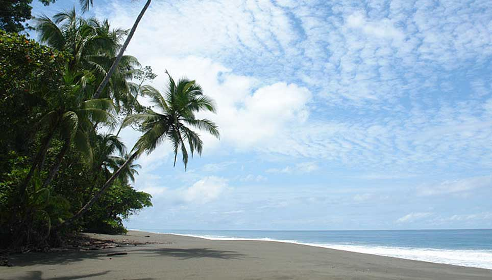 El Remanso Lodge beach nearby