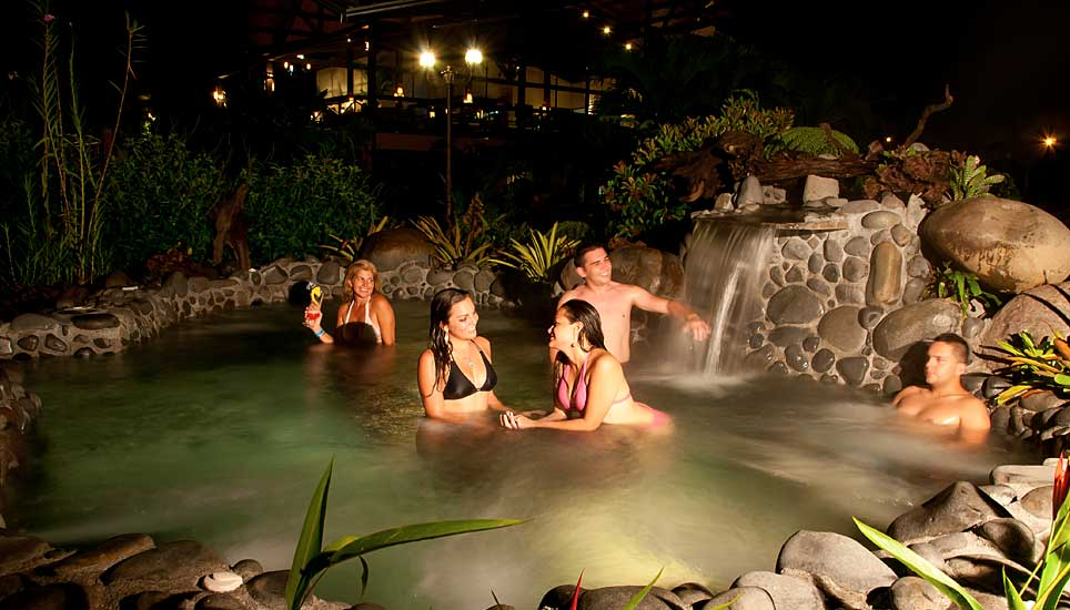 Arenal hot Spring pool