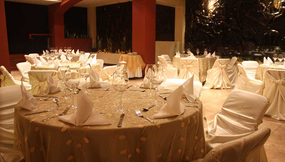 Hotel Presidente dining