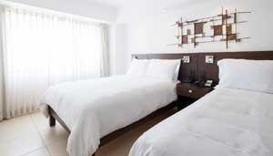 Hotel-Presidente-room
