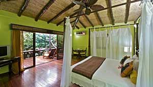 Nayara-Hotel-room