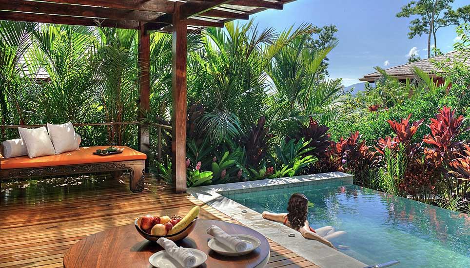 Nayara Springs suite plunge pool