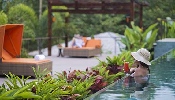 Nayara Springs pool
