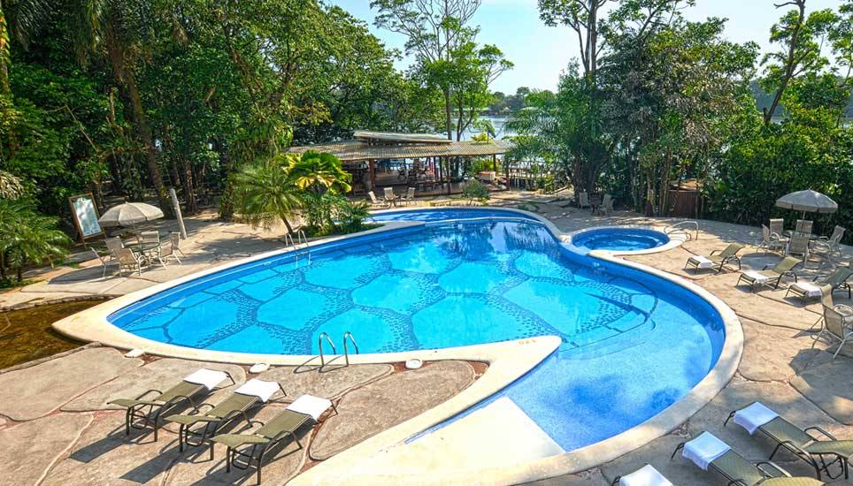 Pachira Lodge pool