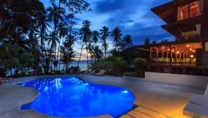 Playa-Cativo-pool