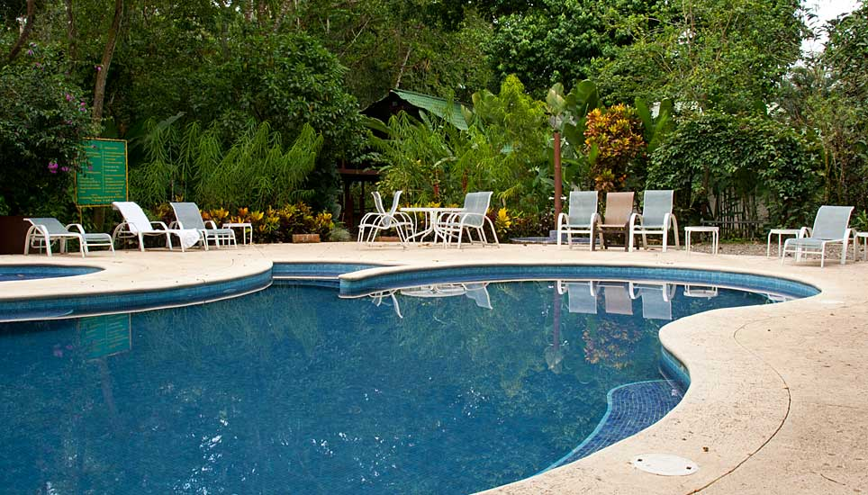 Selva Verde Lodge pool