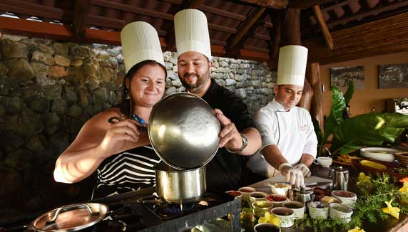 Cookery lessons at Hotel Punta Islita