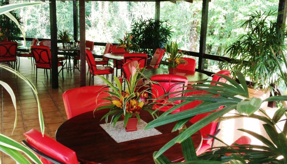 Casa Corcovado dining