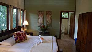 evergreen-lodge-room-small