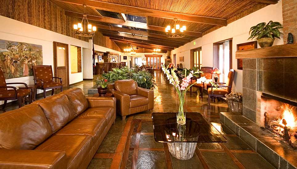 Villa Blanca lounge