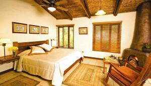 villa-blanca-room