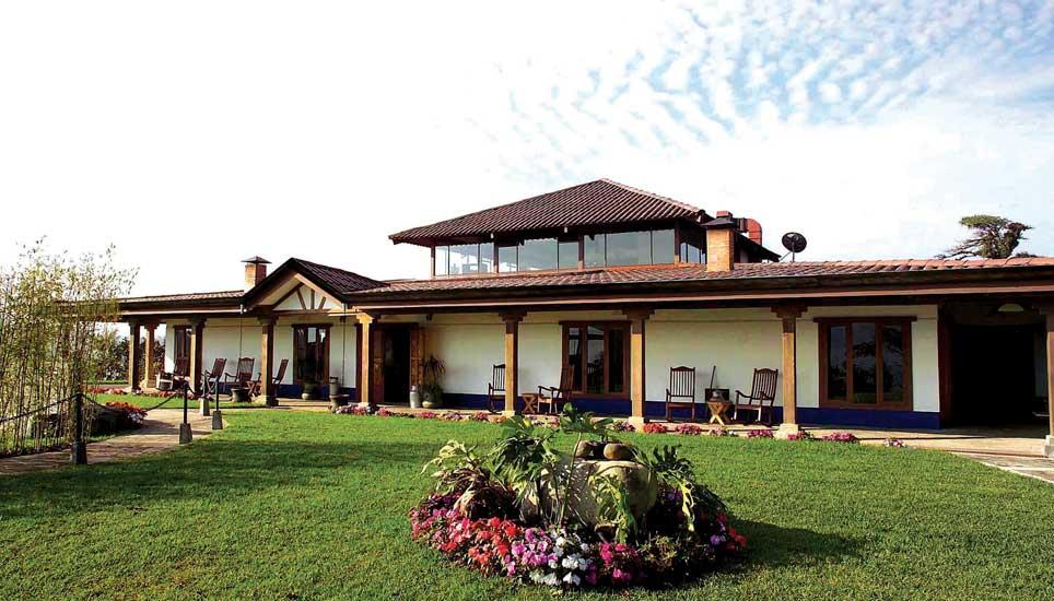 Villa Blanca Cloudforest Hotel