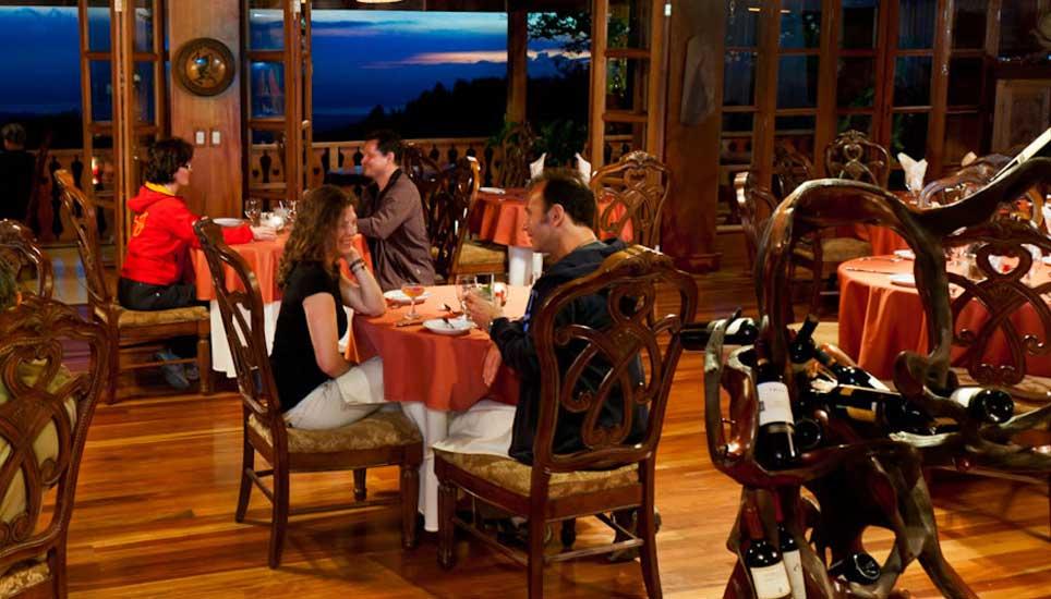 Dining area at Hotel Belmar