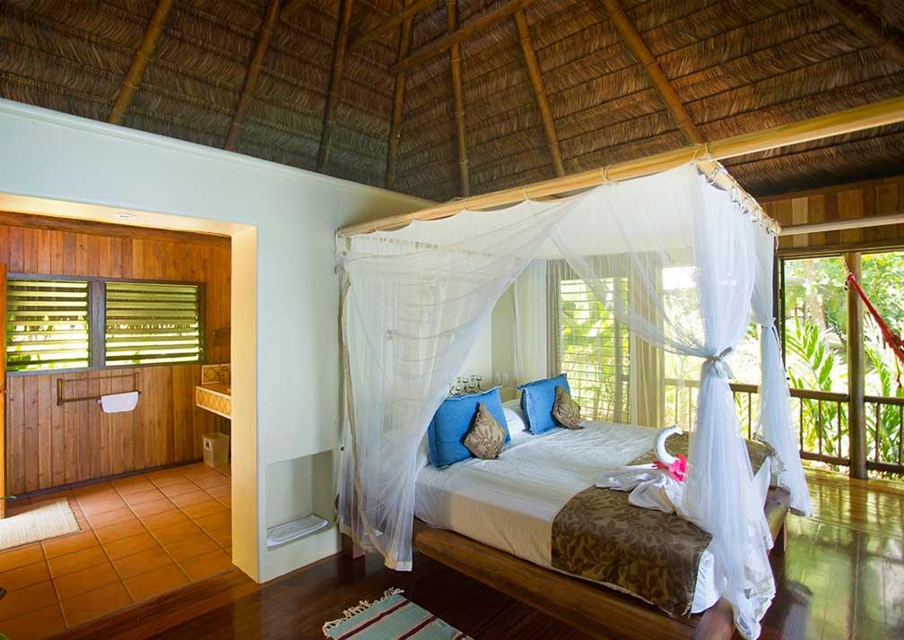 BdC bedroom and en suite